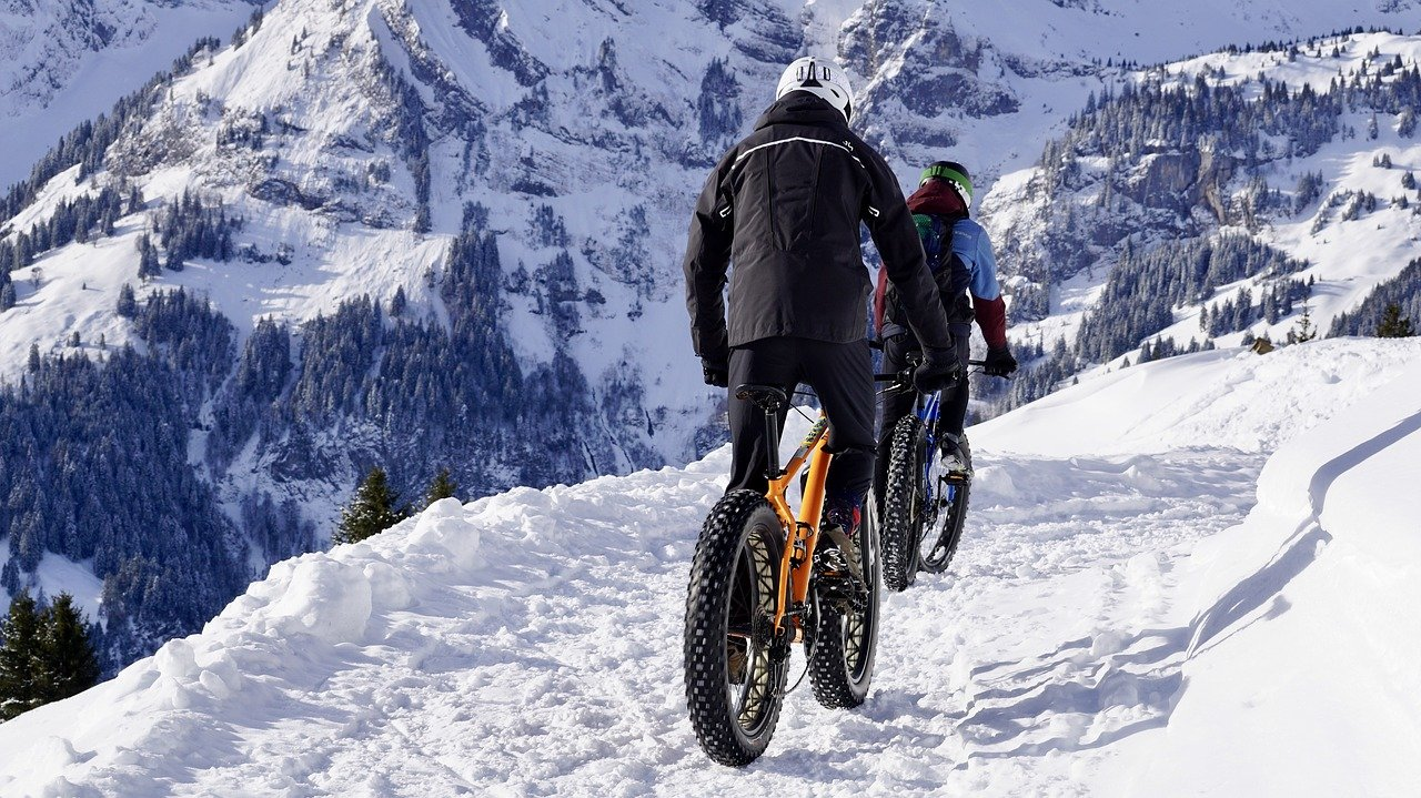Fatbikes Winter in den Bergen E-Fatbikes Fahrradtour